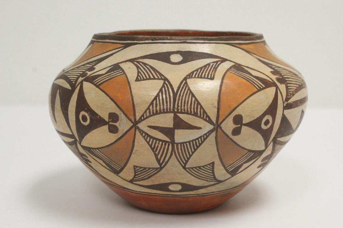 Antique American Acoma Indian pottery jar - 3