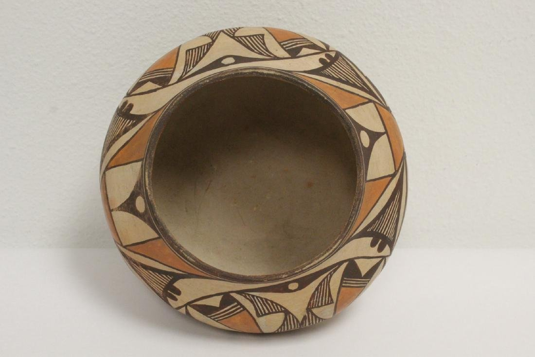Antique American Acoma Indian pottery jar - 5