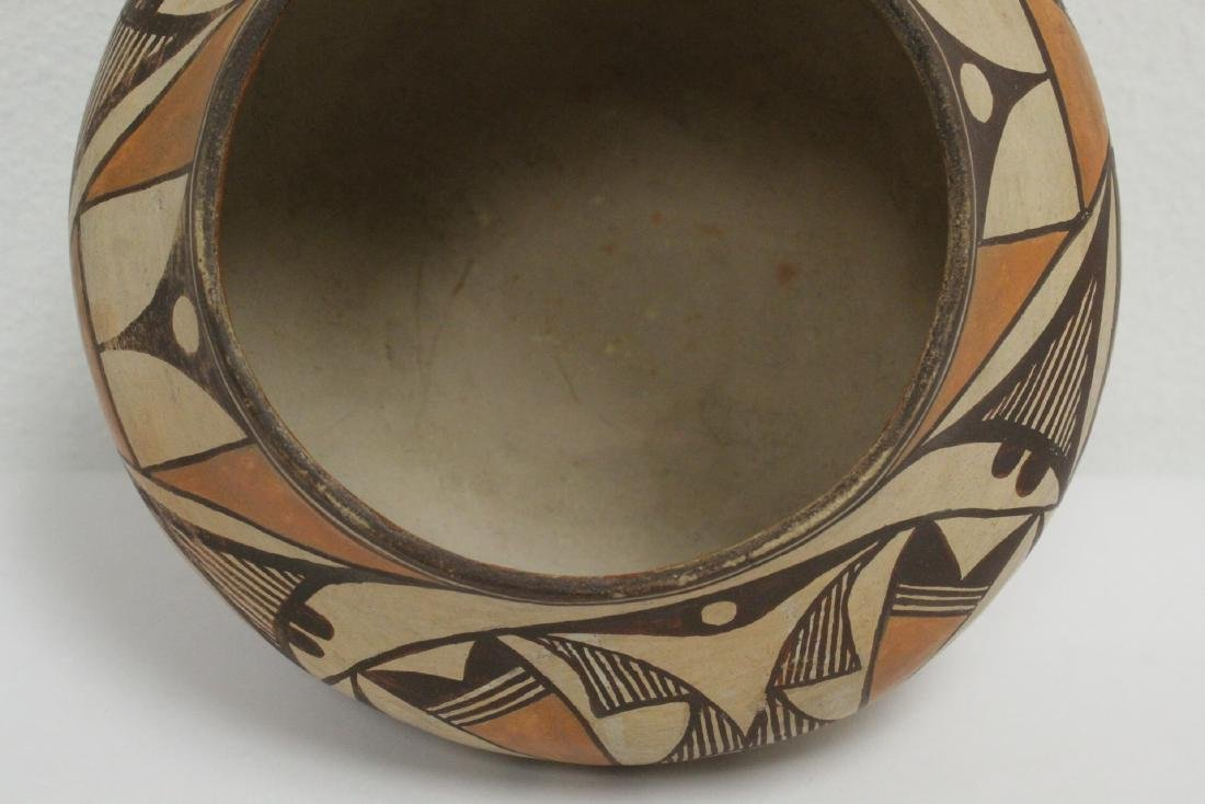 Antique American Acoma Indian pottery jar - 7