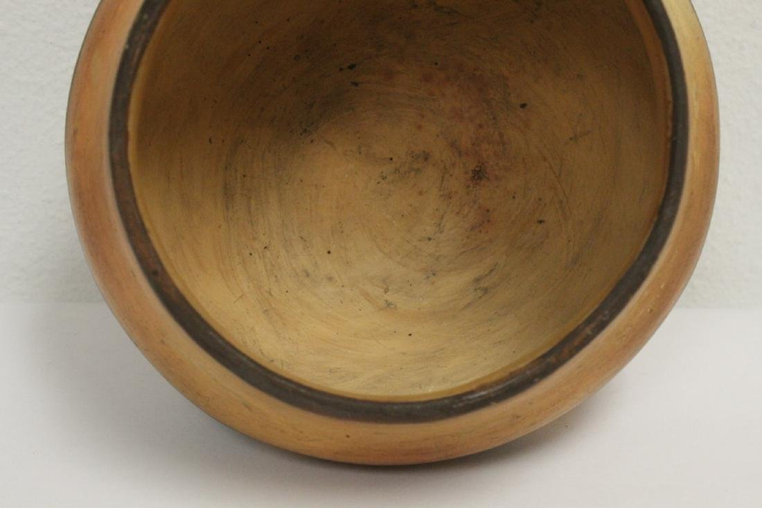 Antique American Indian pottery jar - 7
