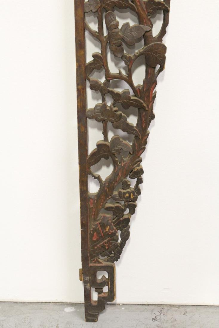 A beautifully carved Chinese 19th c. entry way ornament - 7