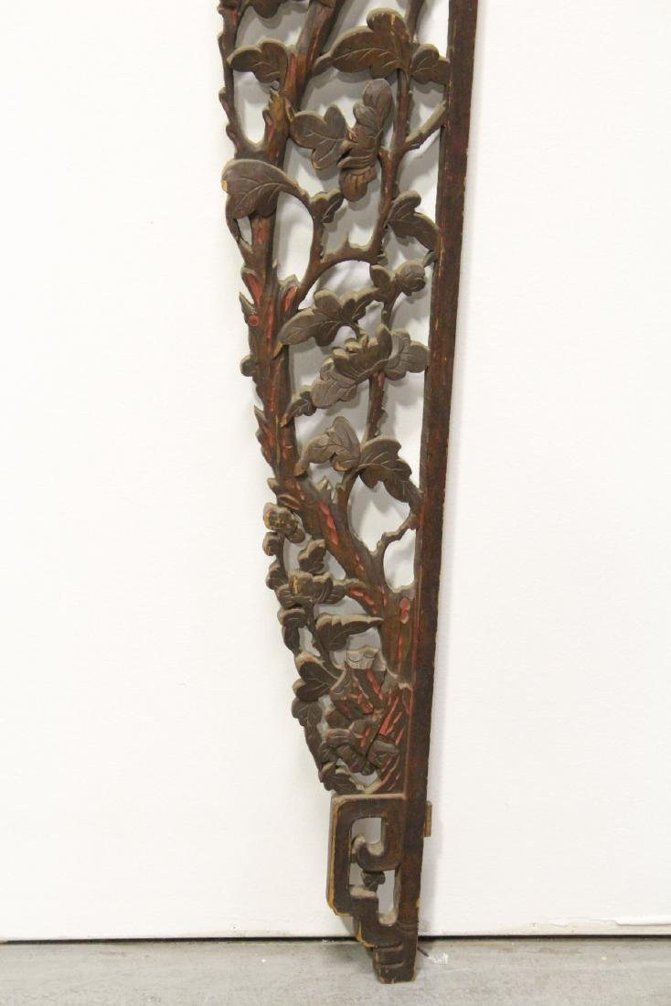 A beautifully carved Chinese 19th c. entry way ornament - 8