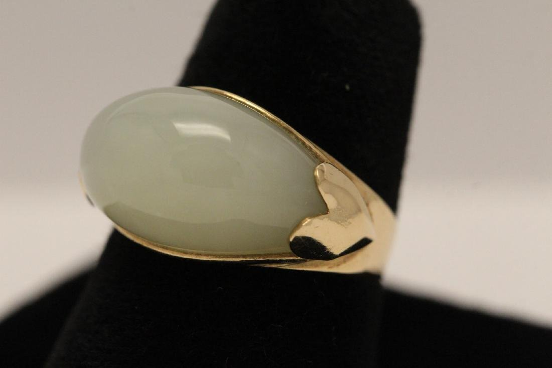 10K gold jade ring - 2