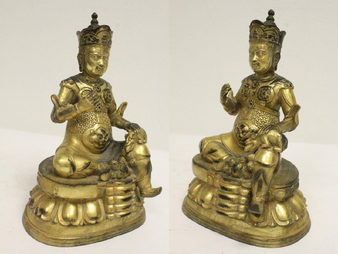 Chinese gilt bronze sculpture depicting deity - 9
