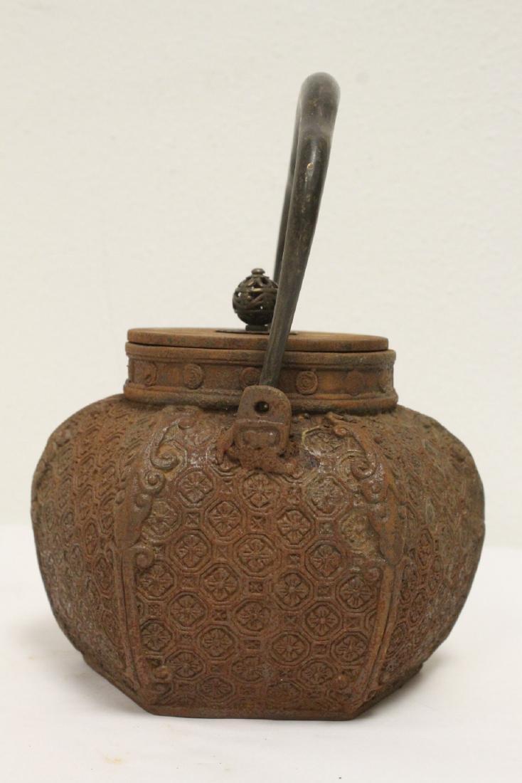 Cast iron teapot - 4