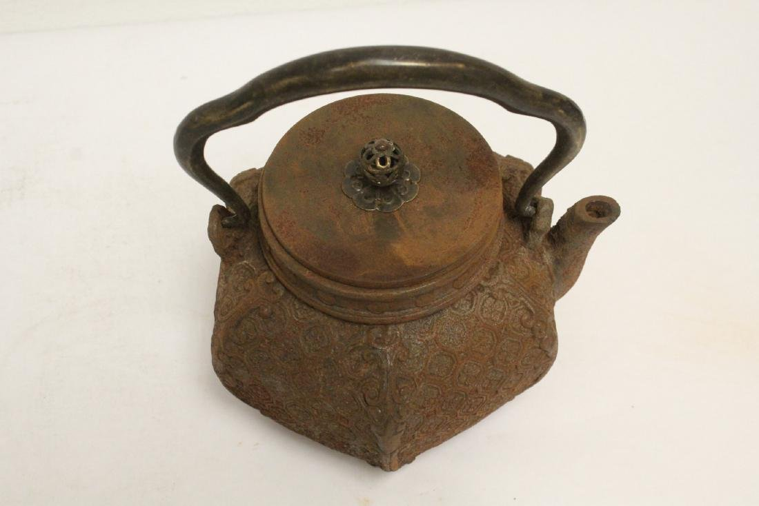 Cast iron teapot - 5