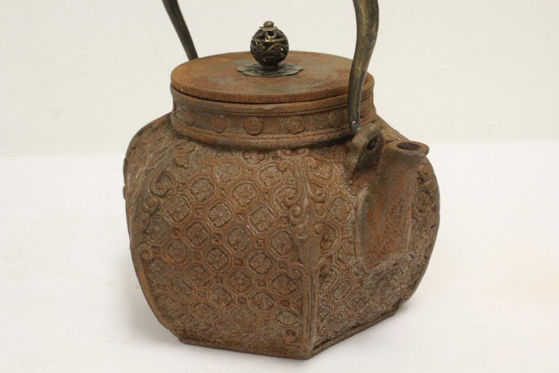 Cast iron teapot - 7