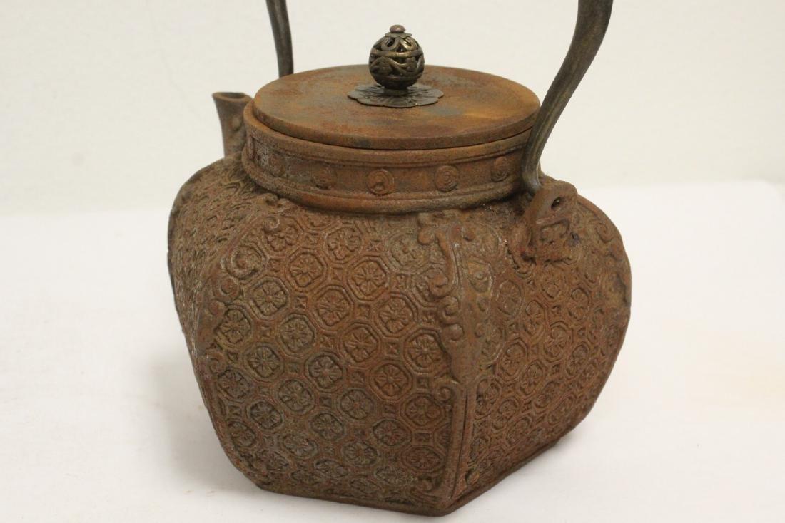 Cast iron teapot - 8