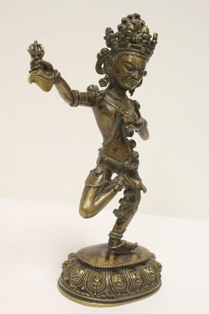 Tibetan bronze sculpture of deity - 9