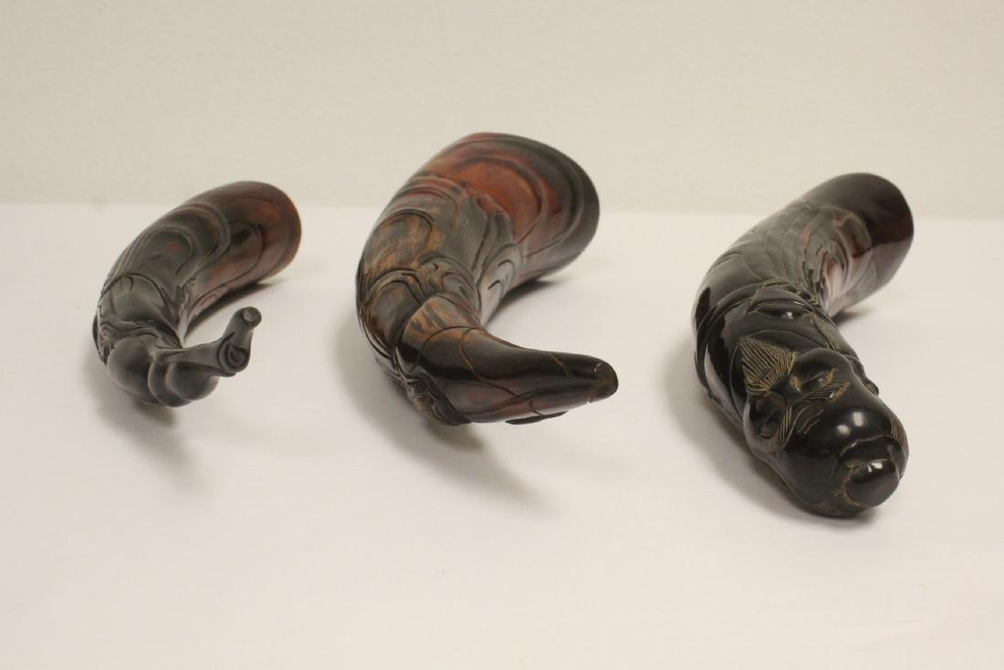 3 horn carved figures - 5