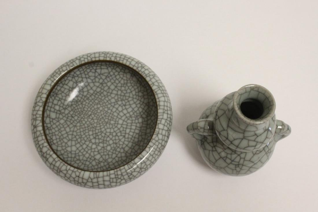 2 crackle porcelain pieces - 2