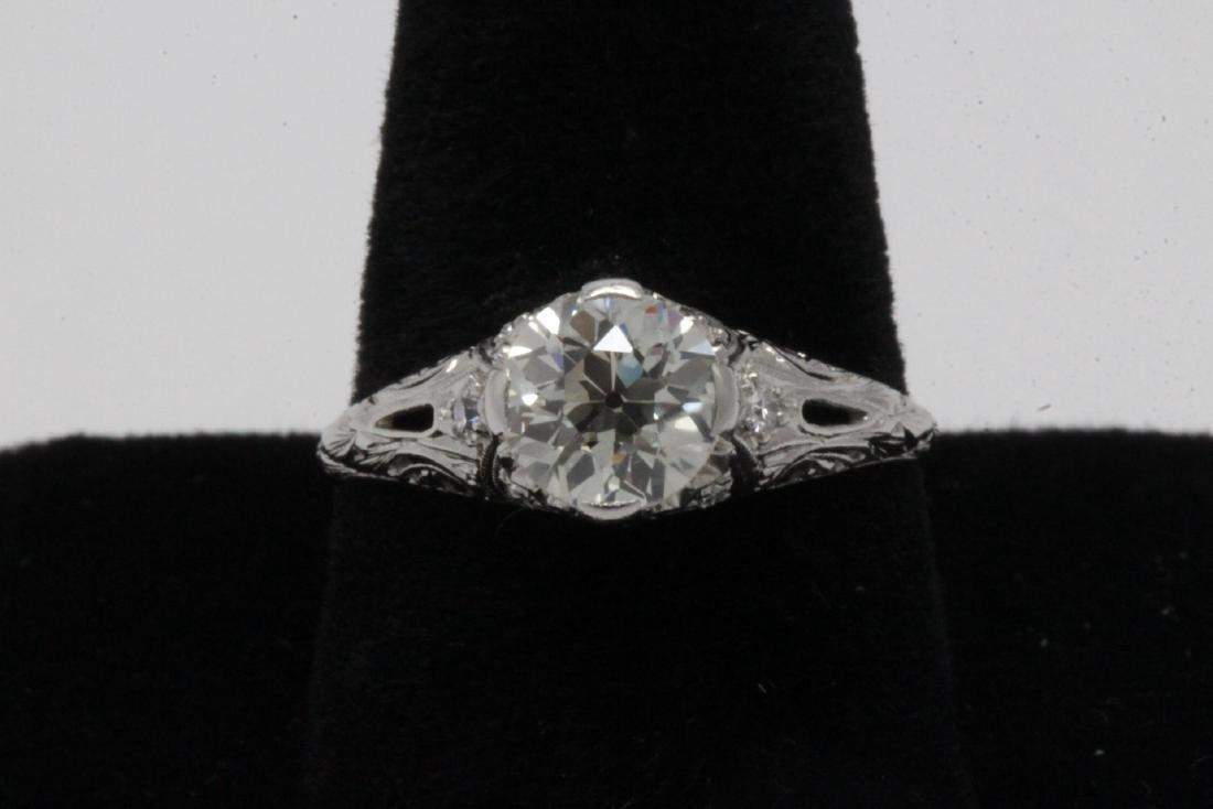 A beautiful art deco platinum diamond ring
