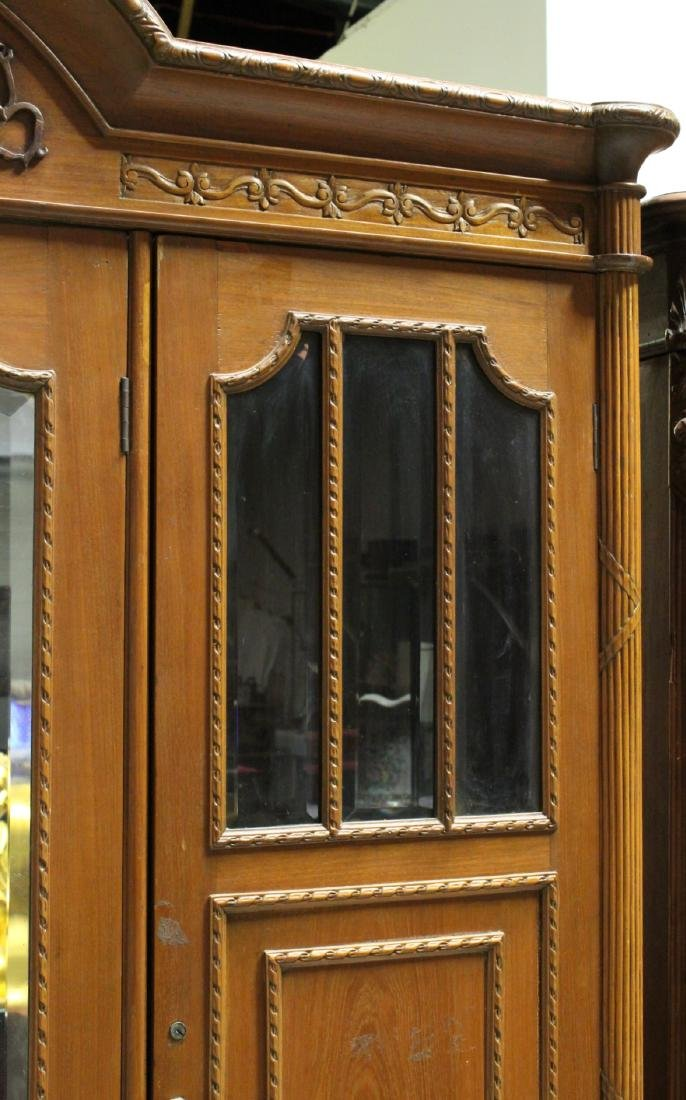 A very fancy Victorian mahogany armoire - 10