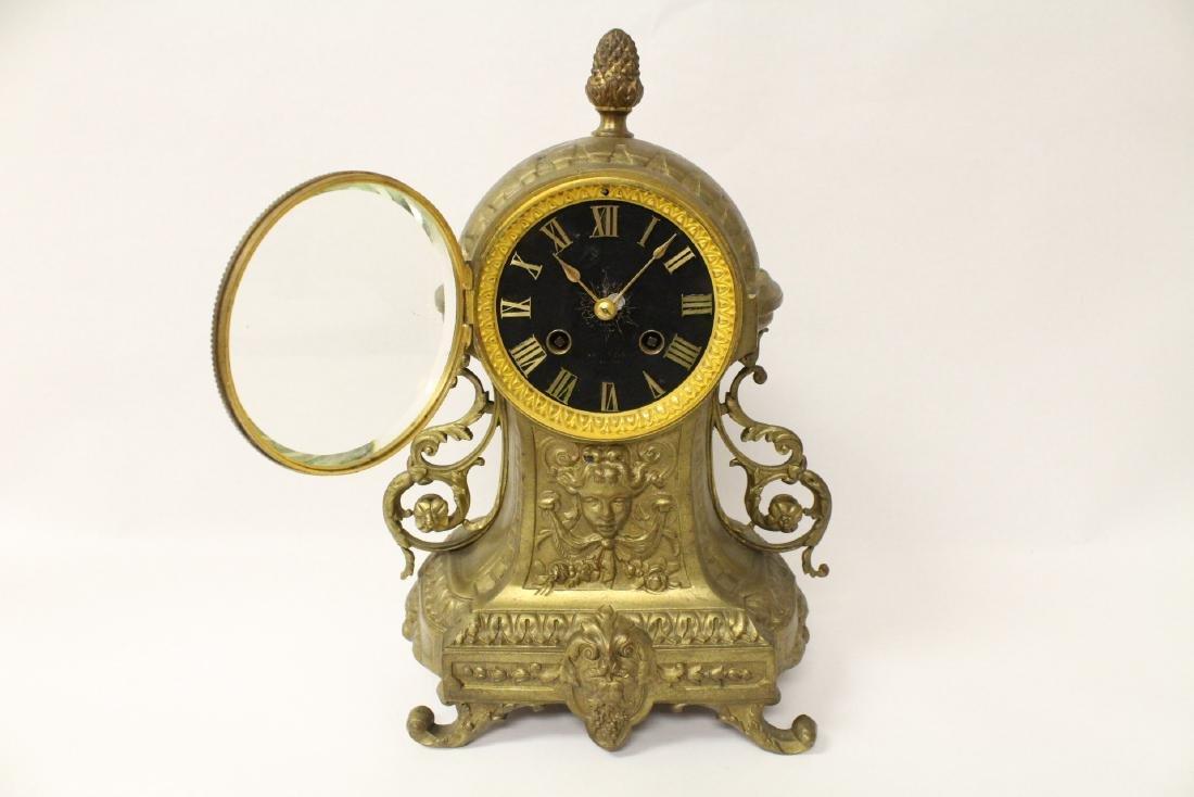 Key-wind table clock - 4