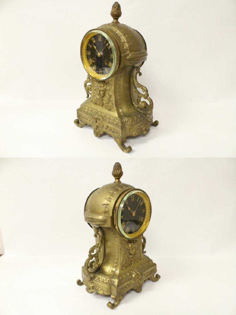 Key-wind table clock - 5