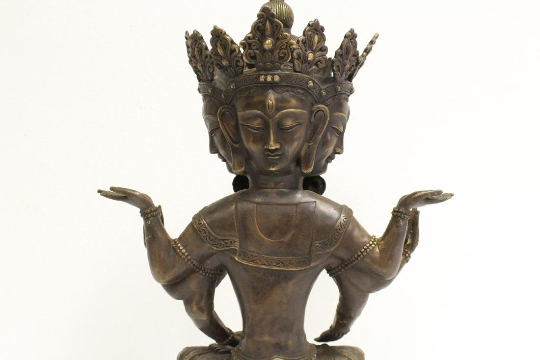 A large Chinese bronze sculpture - 8