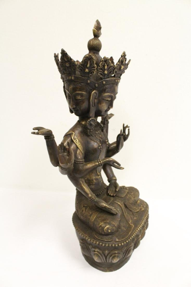 A large Chinese bronze sculpture - 9