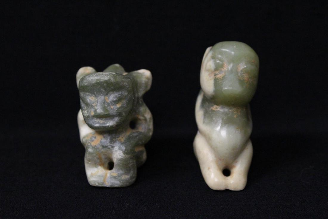 2 jade carved ornaments in figure motif