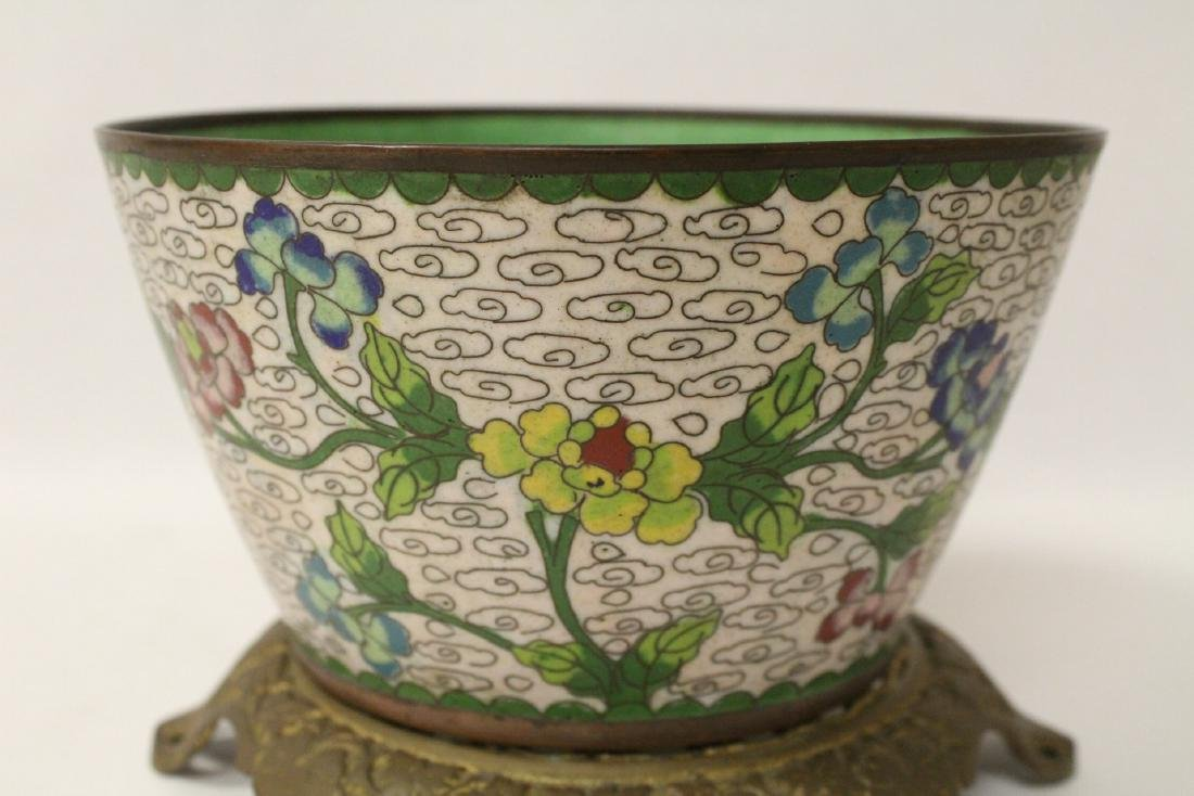 A cloisonne bowl decorated with jewels - 10