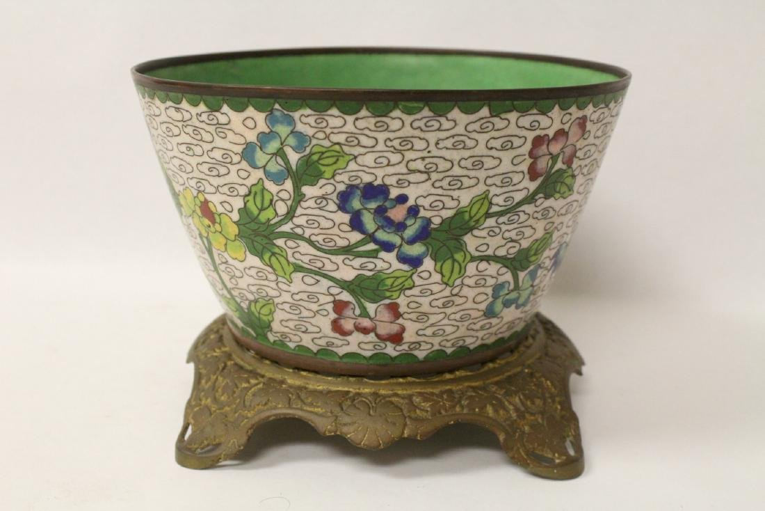 A cloisonne bowl decorated with jewels - 4