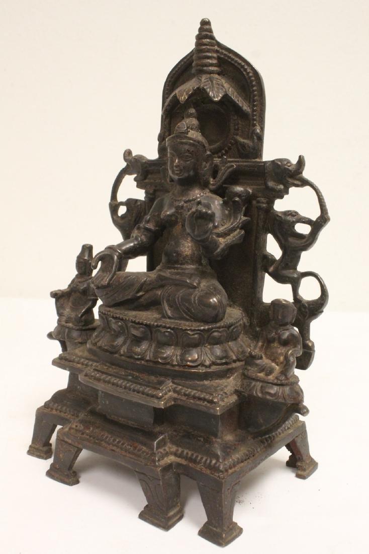 A fine Chinese bronze sculpture of Buddha - 10