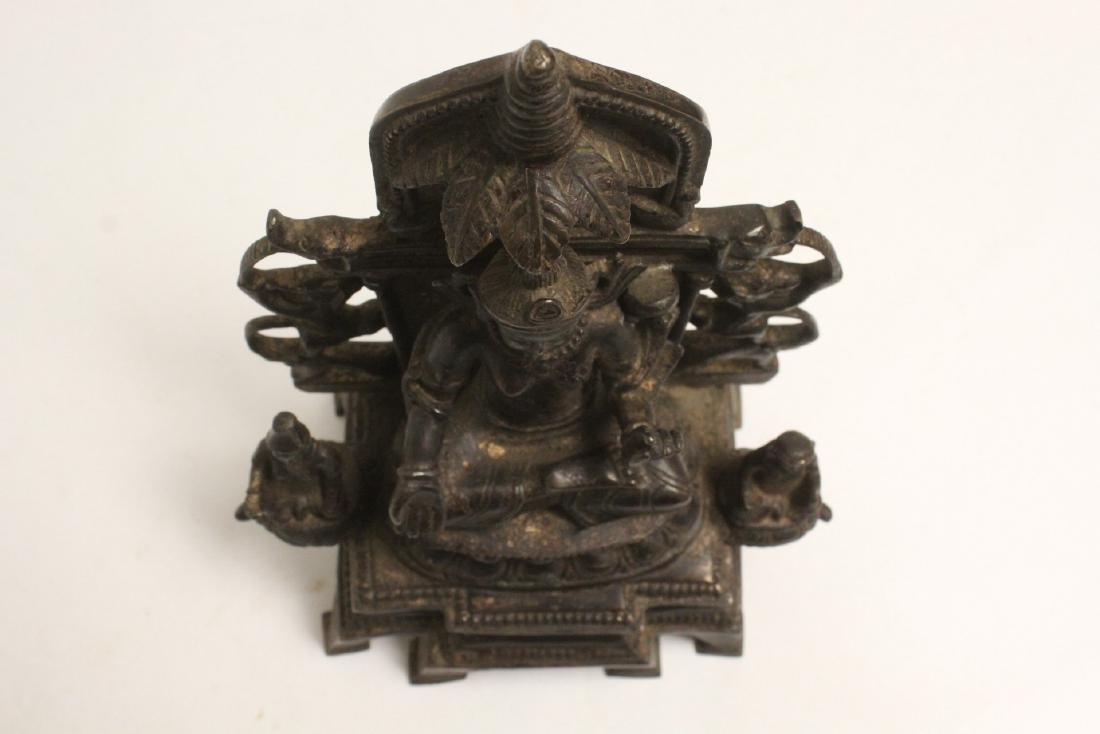 A fine Chinese bronze sculpture of Buddha - 6