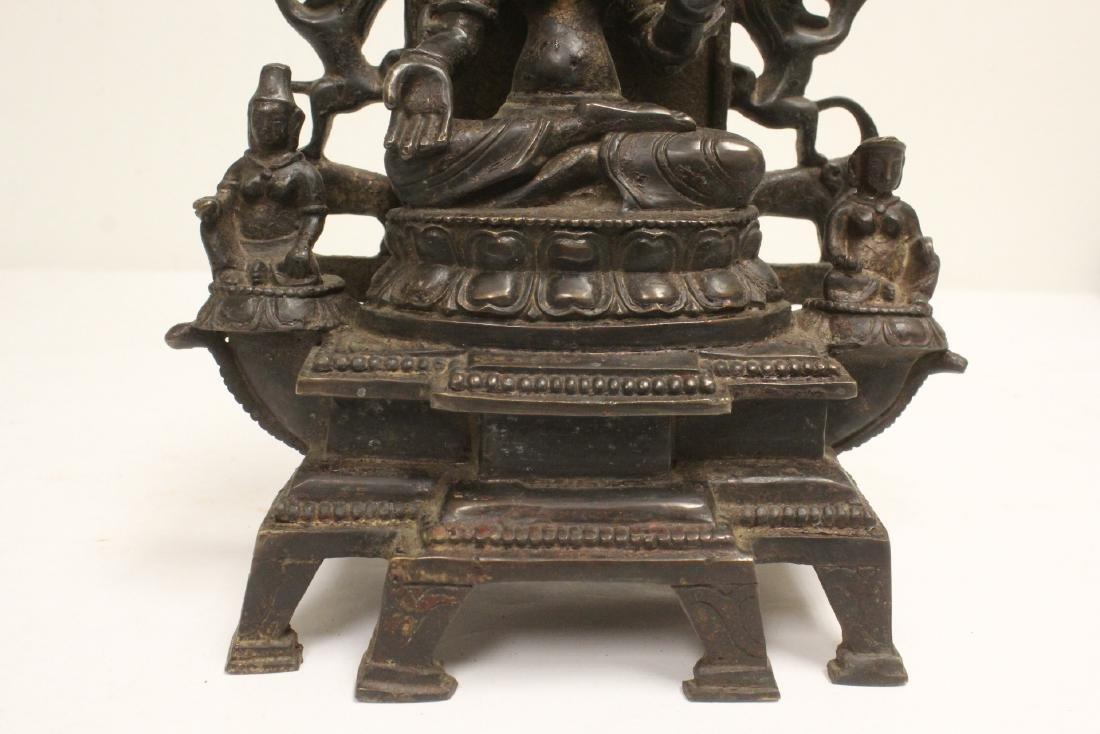 A fine Chinese bronze sculpture of Buddha - 8