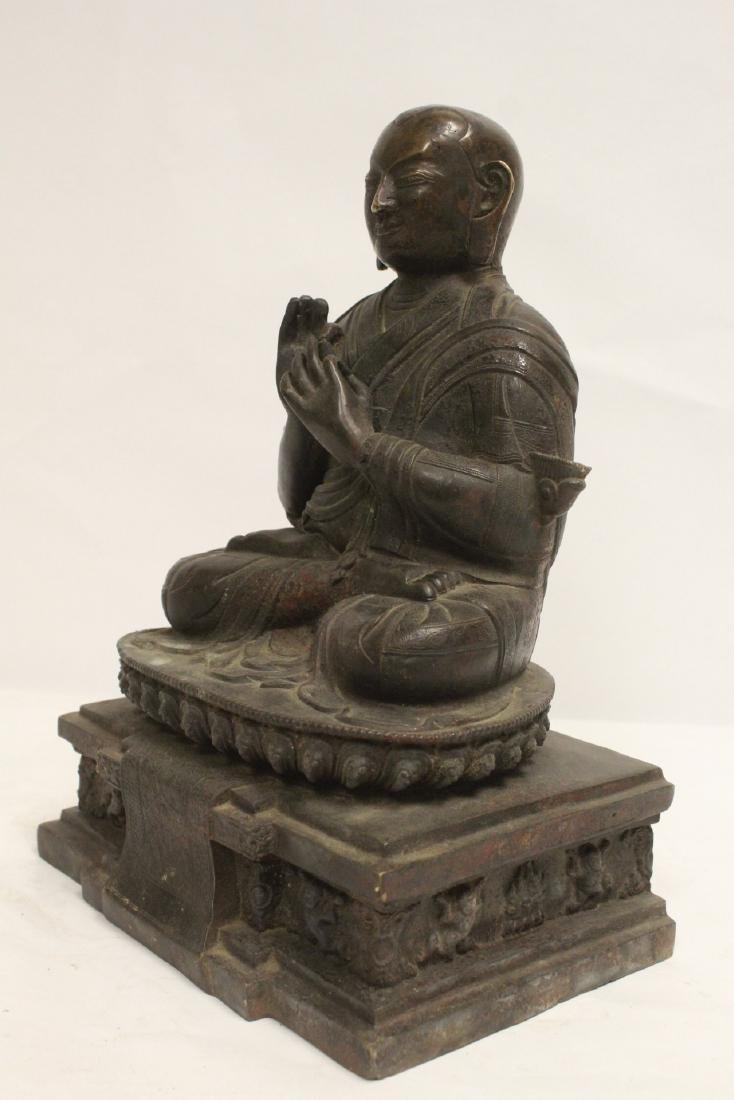 A very heavy Chinese bronze sculpture - 8