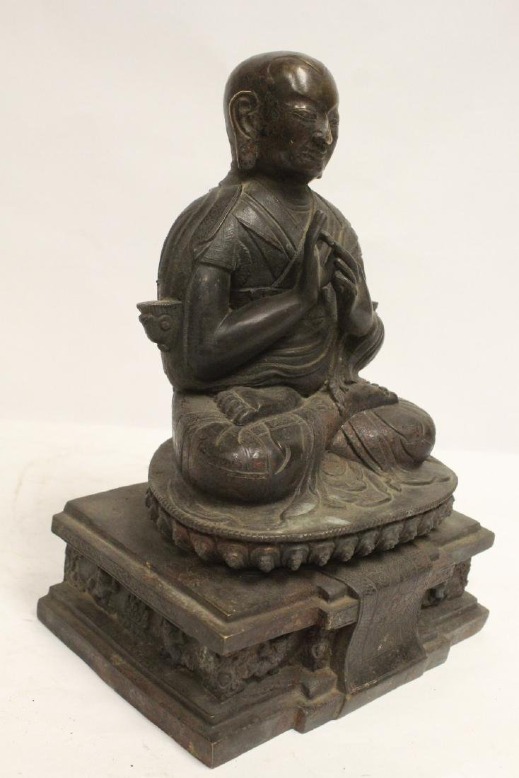 A very heavy Chinese bronze sculpture - 9