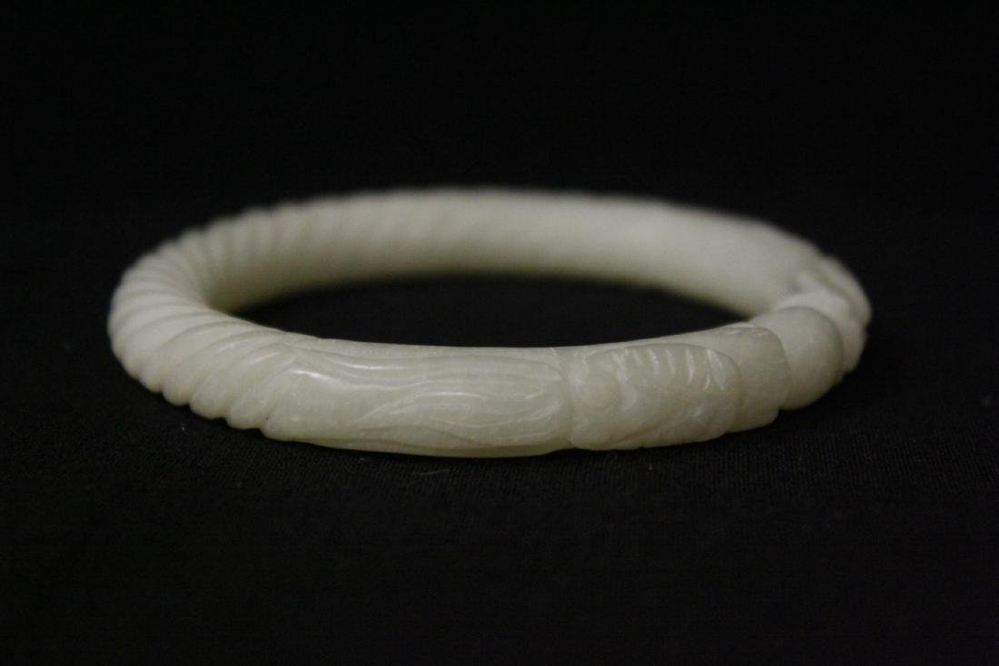 2 jade bangle bracelets - 4
