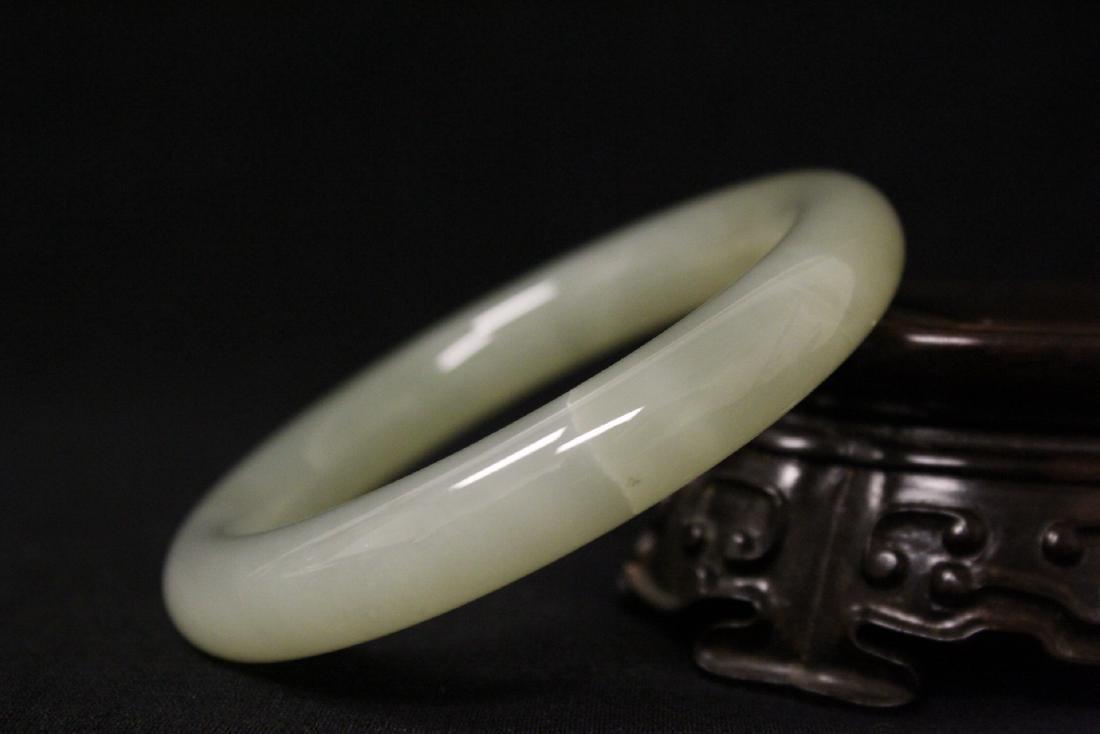 2 jade bangle bracelets - 9