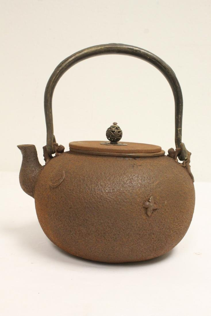 Cast iron teapot - 3