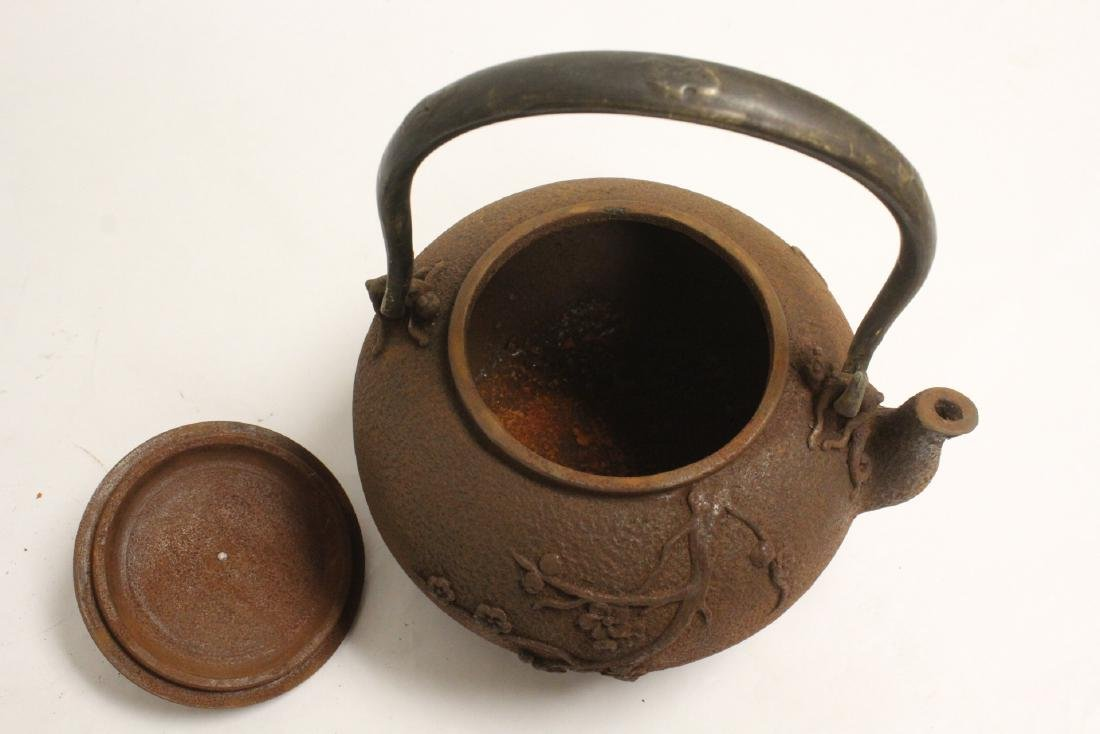 Cast iron teapot - 6