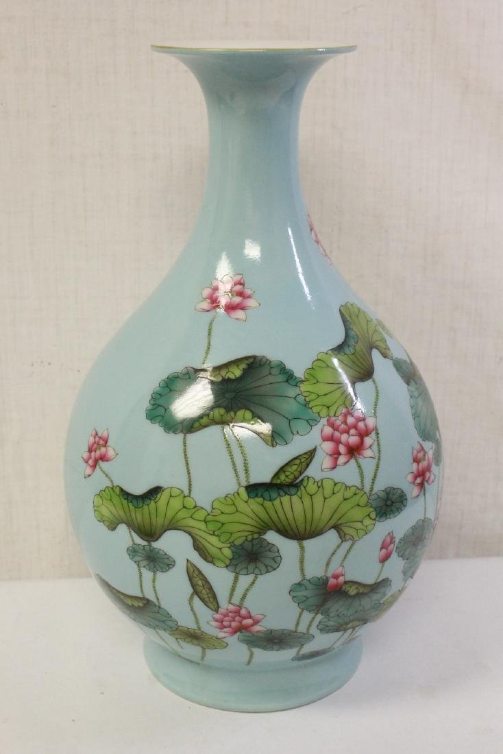 Chinese blue background famille rose porcelain vase - 5
