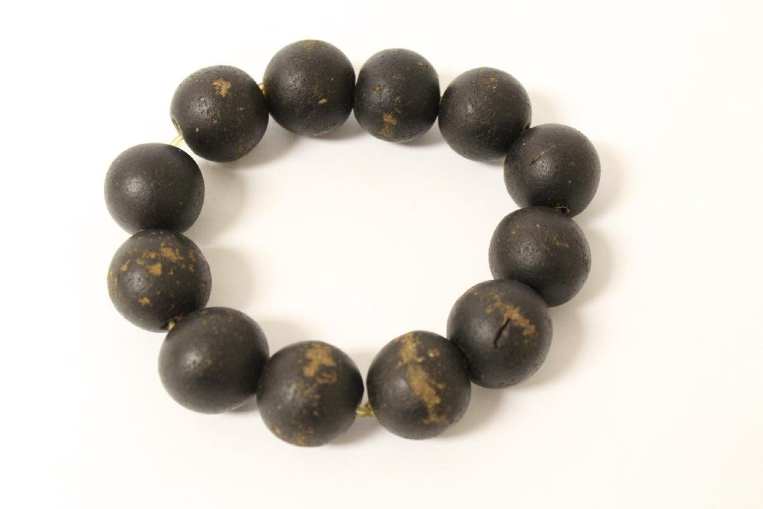 Possible chenxiang wood bead bracelet