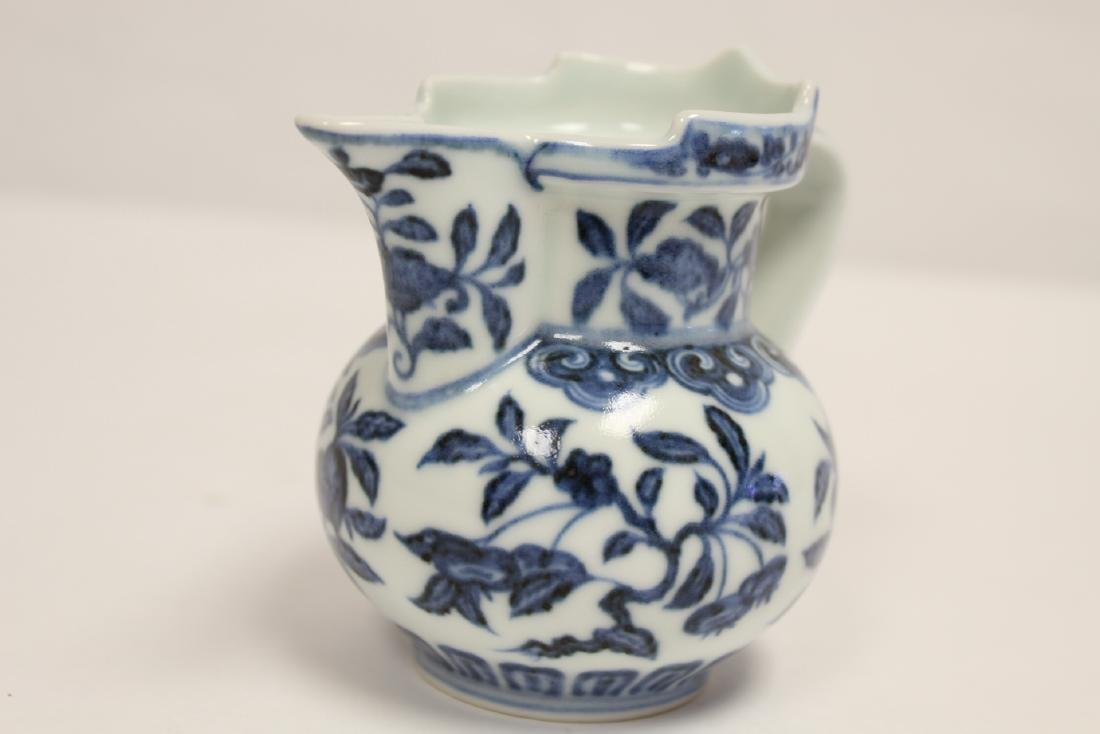Blue and white porcelain pitcher - 9