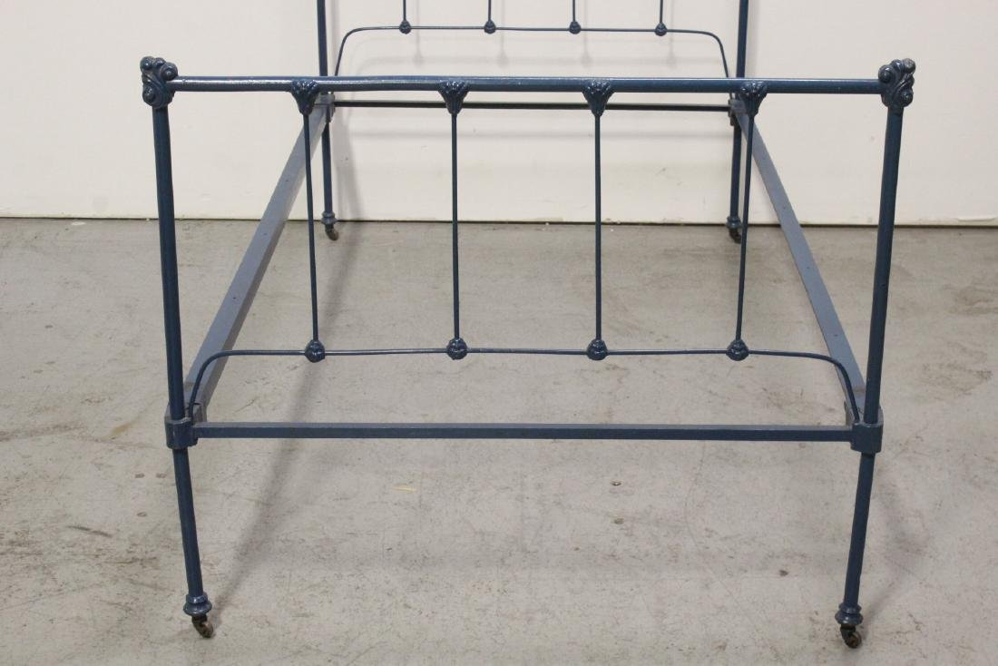 2 set of Victorian cast iron bed frames - 7