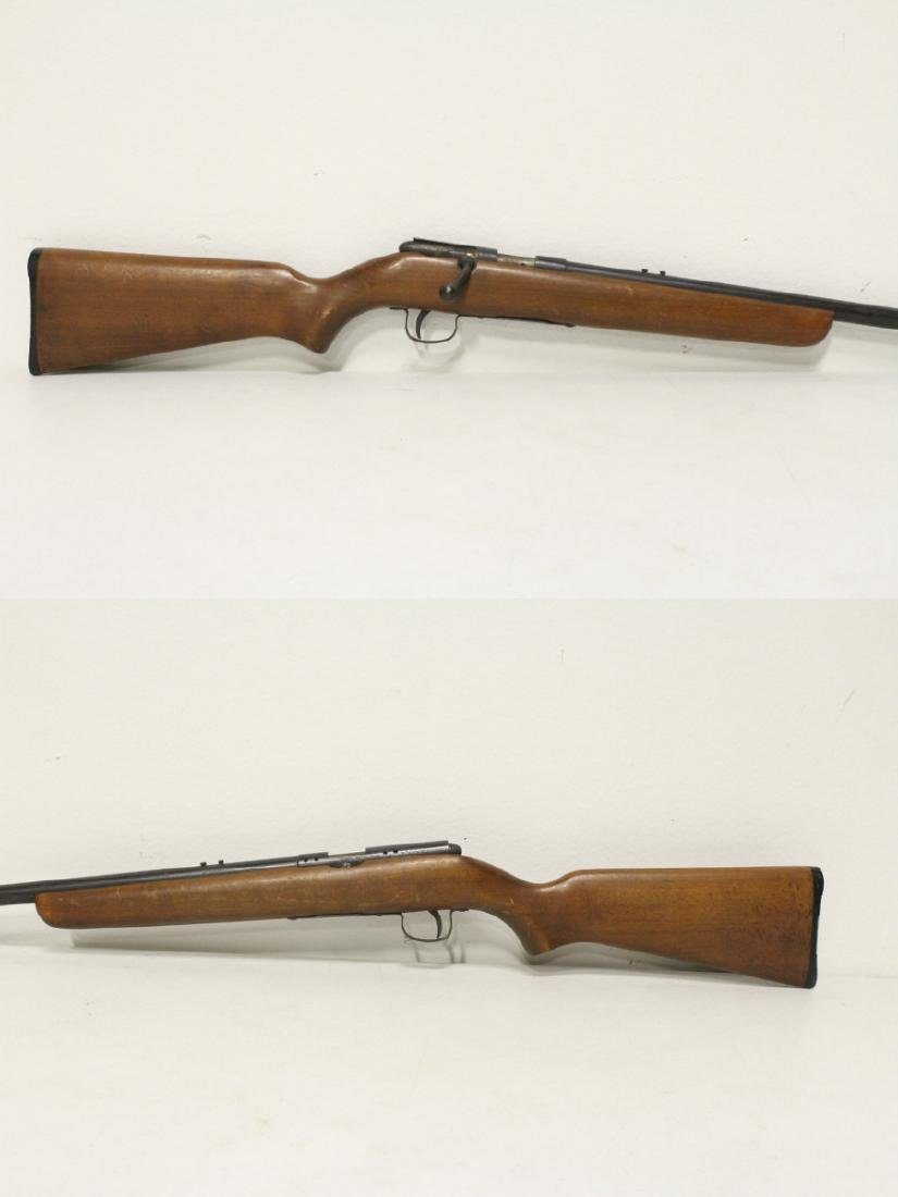 Antique rifle by Harrington and Richardson - 3