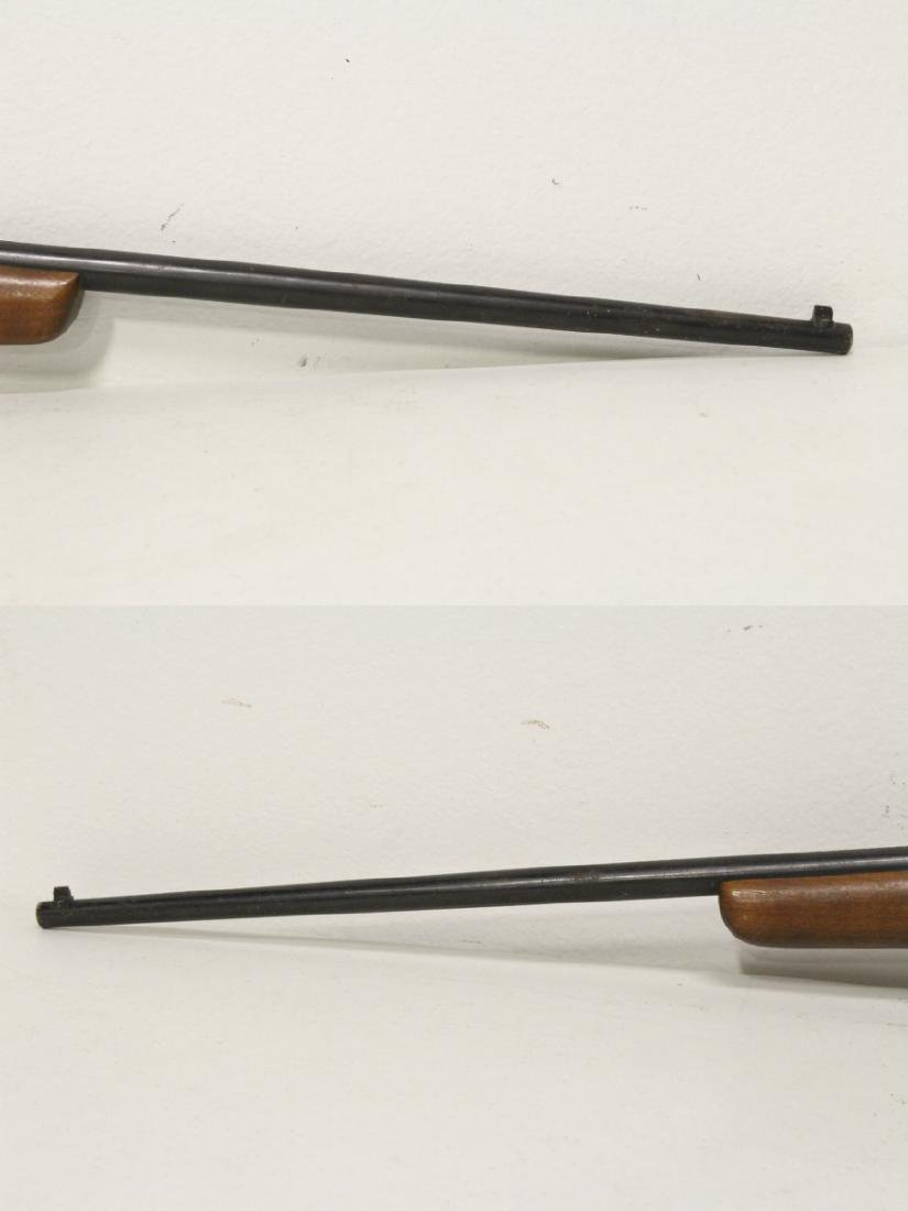 Antique rifle by Harrington and Richardson - 4