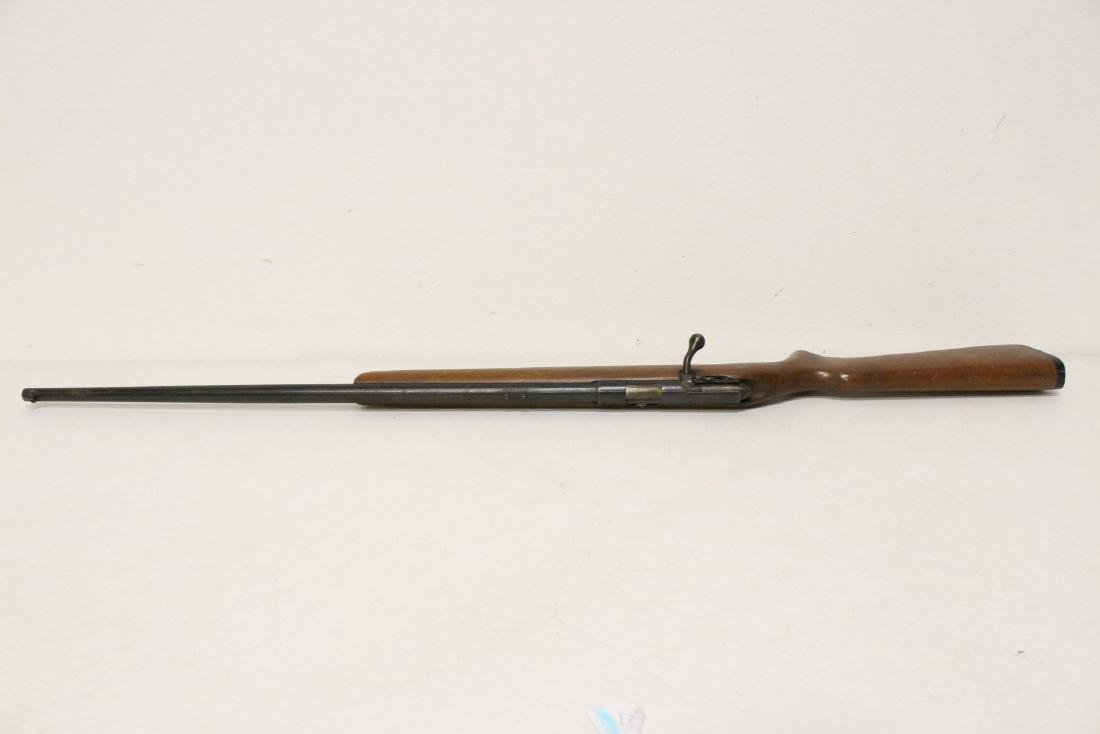 Antique rifle by Harrington and Richardson - 7