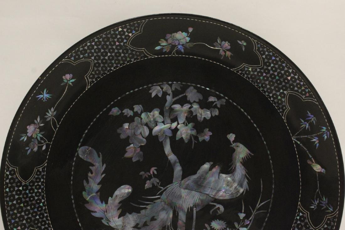 2 lacquer plates with mother of pearl inlaid - 4
