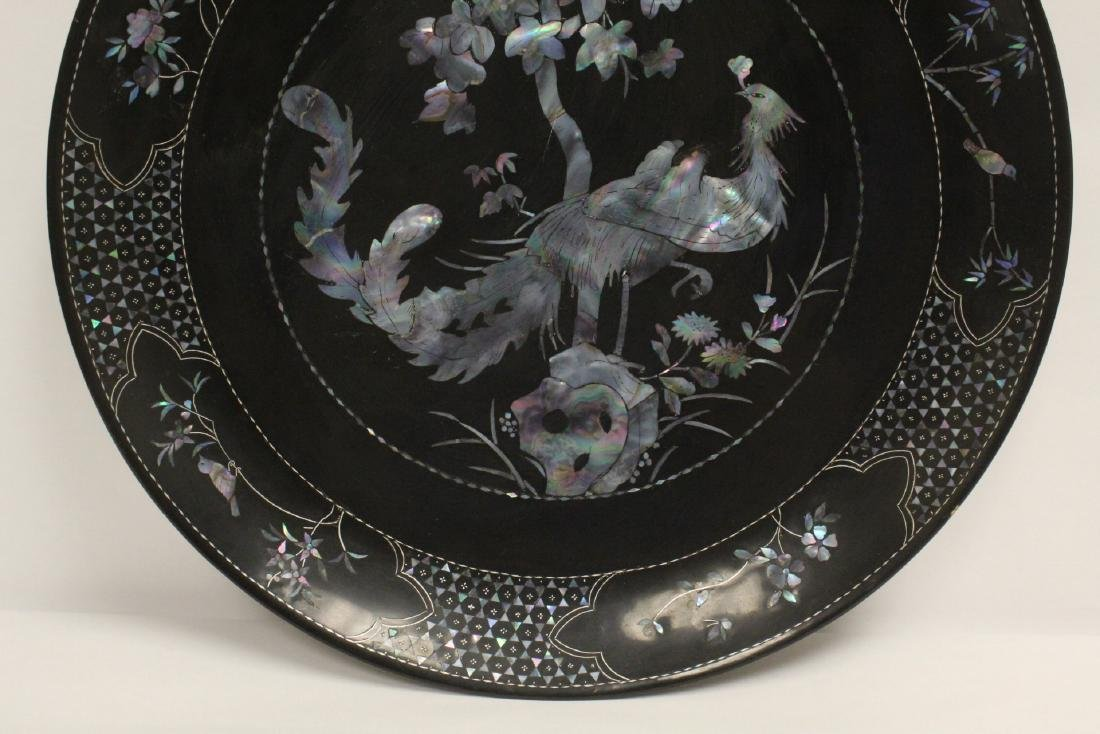 2 lacquer plates with mother of pearl inlaid - 5
