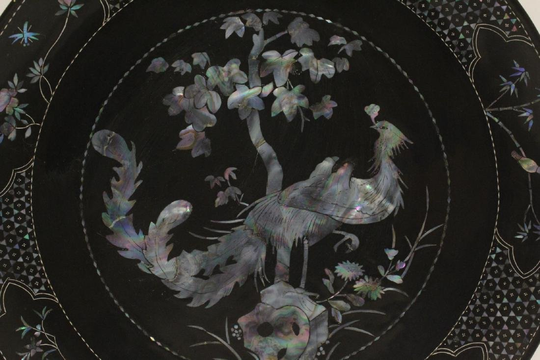 2 lacquer plates with mother of pearl inlaid - 6