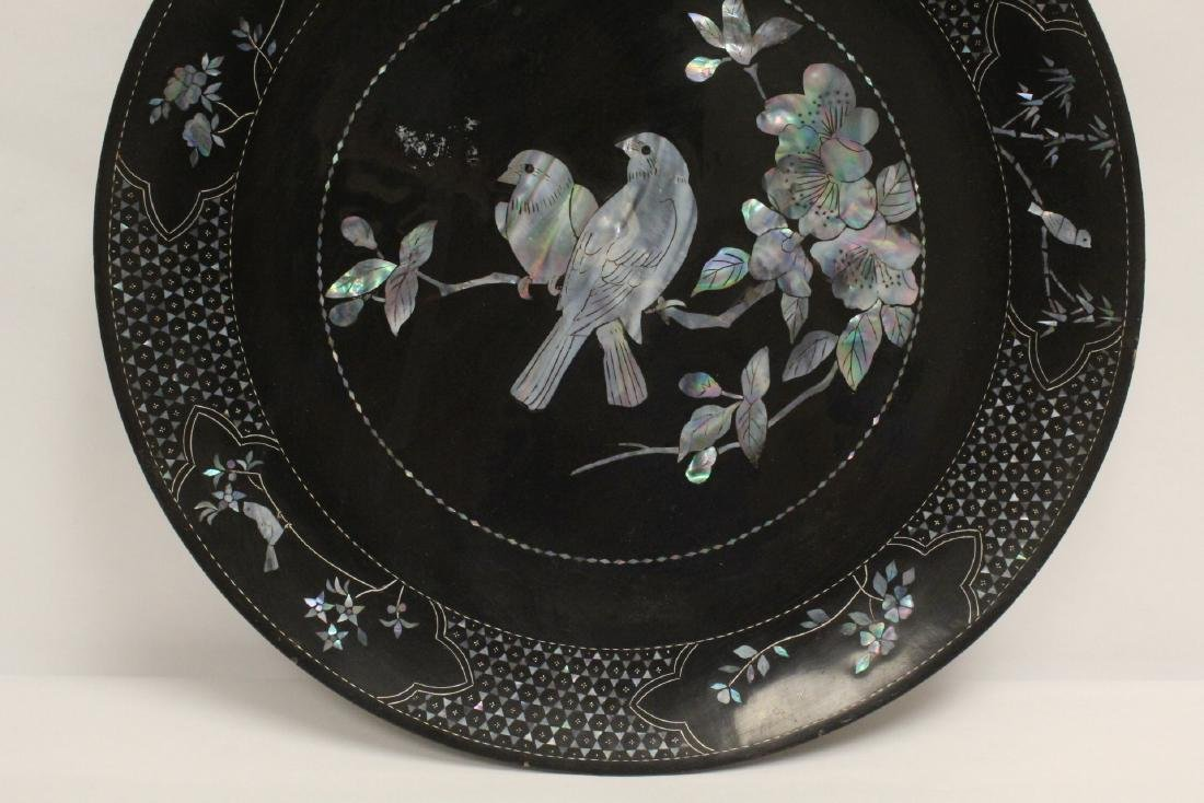 2 lacquer plates with mother of pearl inlaid - 9