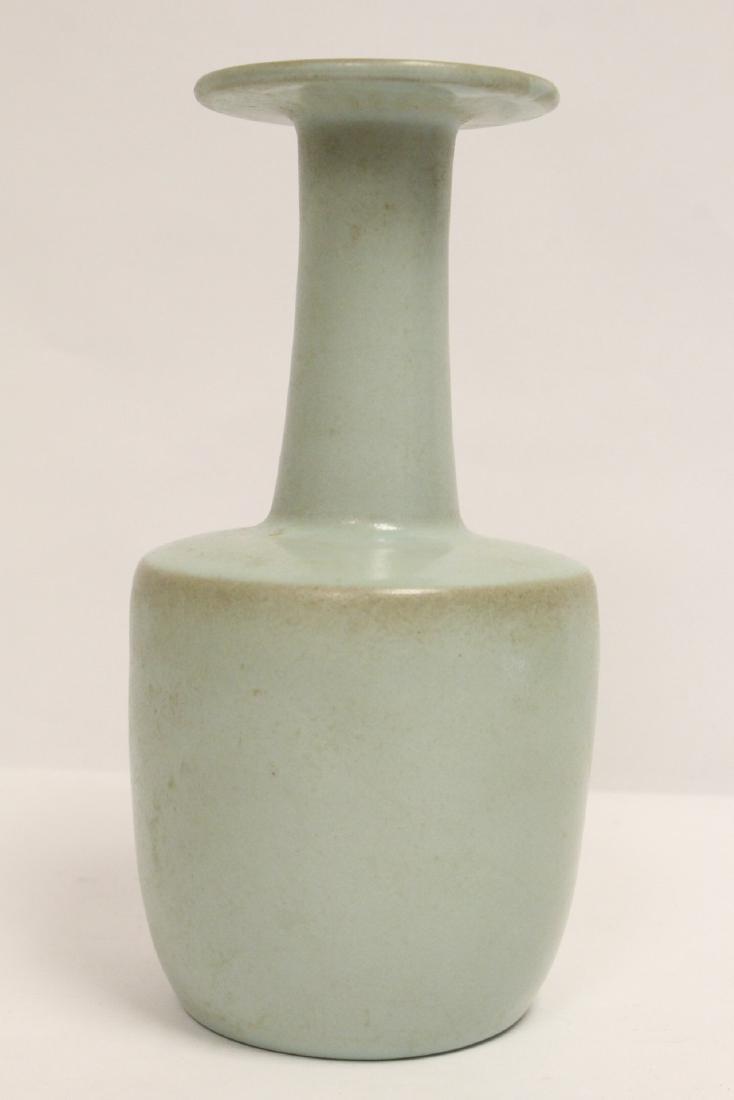 A Song style porcelain vase - 4
