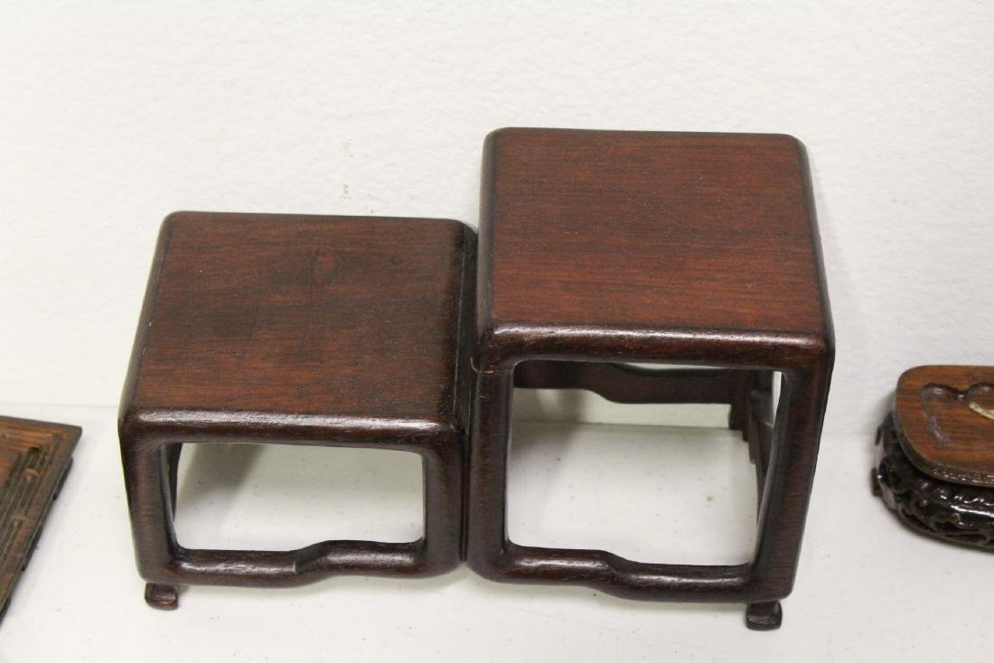 Lot of wood stands - 8