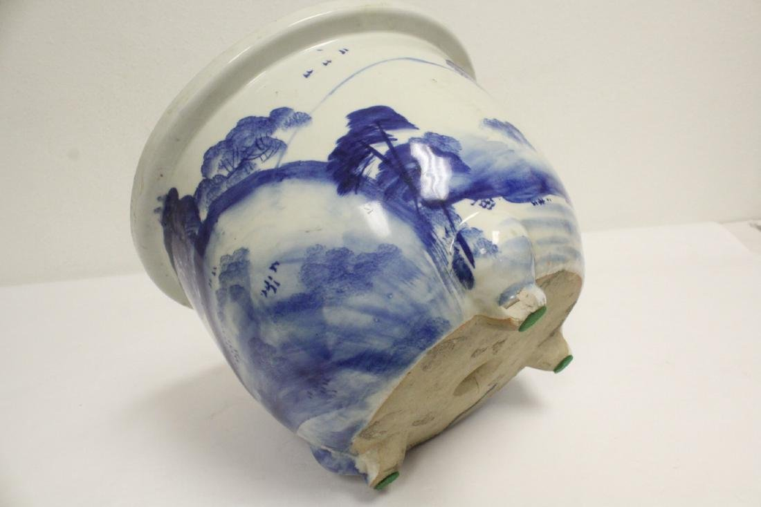 Chinese blue and white porcelain planter - 9