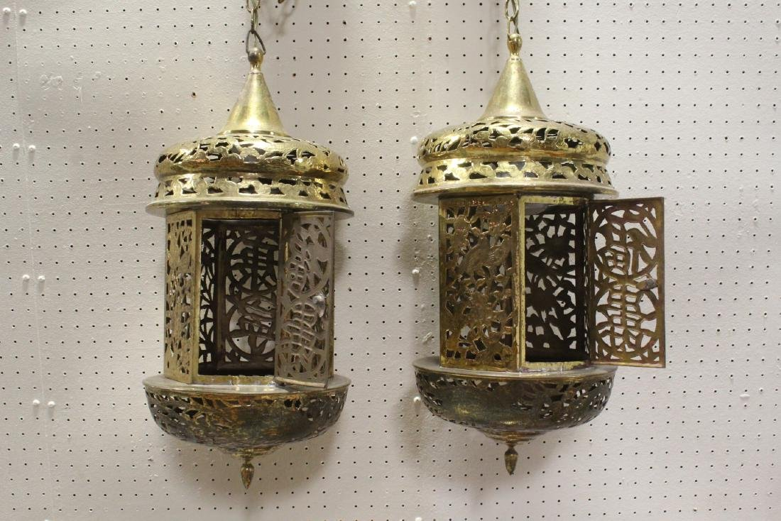 2 Chinese brass ceiling lamps - 2