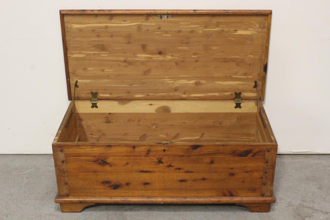Cedar chest - 3