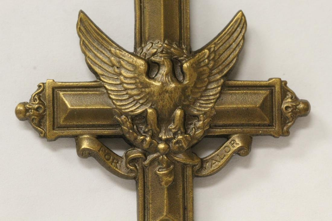 A rare US Army distinguished service cross - 5